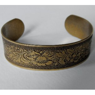 Floral Embossed Oxidized Brass Cuff 19mm (1)