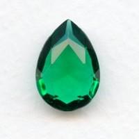 Emerald Glass Pear Shape Jewelry Stone 18x13mm