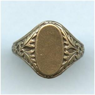 Adjustable Finger Ring Oak Leaf Details Oxidized Brass (1)