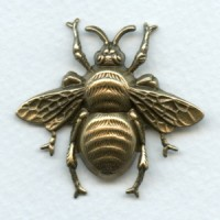 Bumblebee Stamping Oxidized Brass 42mm (1)