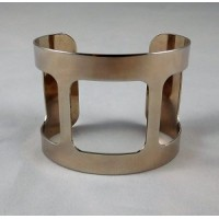 ^Smooth Wide Cut-Out Cuff Silver Color 49mm (1)