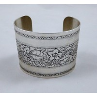 Floral Embossed Cuff with Borders Silver 49mm