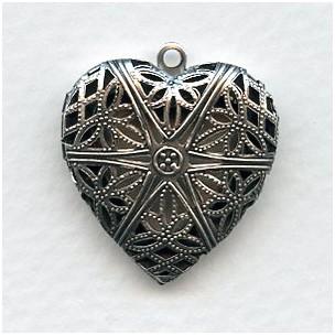 ^Plain Back Heart Shape Filigree Locket Oxidized Silver 28mm (1)