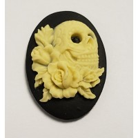 Skull and Roses cameos Ivory on Jet 25x18mm
