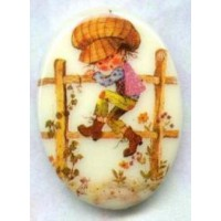 Vintage Holly Hobbie Cabochon 18x13mm