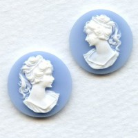 Cameos Girl in a Ponytail White on Blue 18mm (1 set)