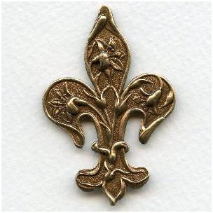 The Petite Fleur-de-lys 54mm Oxidized Brass (1)