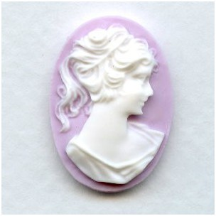 Cameos Girl in a Ponytail White on Lilac 25x18mm (3)