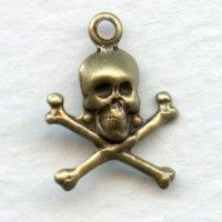 Skull and Crossbones Oxidized Brass 17mm (12)