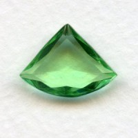 Peridot Glass Fan Shape Jewelry Stones 18x13mm