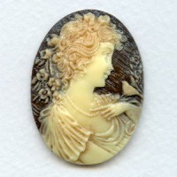 Girl with Nightingale Cameo Ivory on Brown 40x30mm