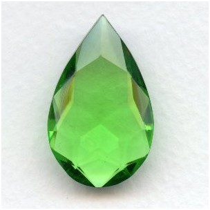 Peridot Glass Pear Shape Unfoiled Stone 32x20mm (1)