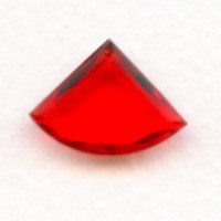 ^Ruby Glass Fan Shape Jewelry Stones 18x13mm