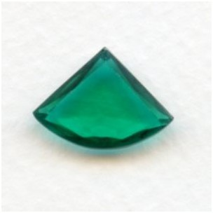 Emerald Glass Fan Shape Jewelry Stones 18x13mm (2)